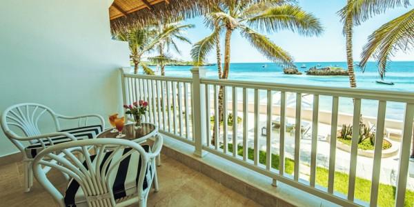Kenya - Kenya Coast - Hemingways Watamu - Ocean View Balcony