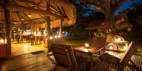 Madagascar - South-East Madagascar - Madaclassic -Manafiafy Beach & Rainforest Lodge - Dining