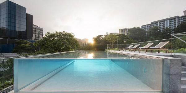 592e5e226b40b-the-warehouse-hotel-pool-2-web