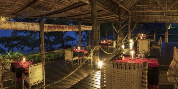 Africa - Zanzibar - Mafia Island - Pole Pole Bungalows - Dining
