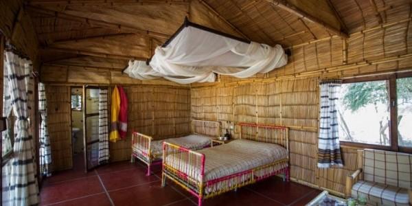 Ephiopia - Rift Valley Lakes - Hara Langano Lodge - Lakeview Bedroom