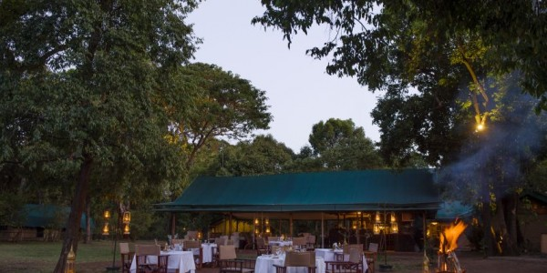 Kenya - Masai Mara - Little Governors Camp - Dining