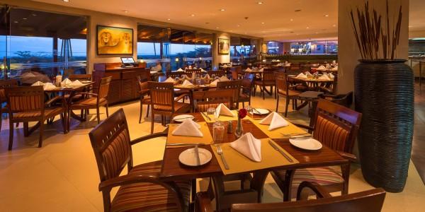 Kenya - Nairobi - Ole Sereni - Restaurant