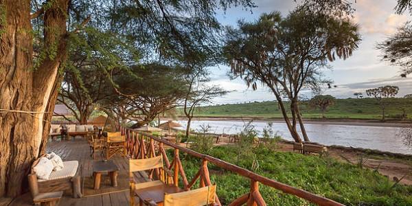 Kenya - Samburu - Elephant Bedroom Camp - River view
