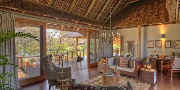 Kenya - Tsavo & Chyulu Hills - Finch Hattons Luxury Tented Camp - Inside