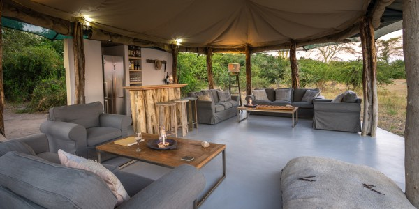 Malawi - Liwonde National Park - Kuthengo Camp - Lounge