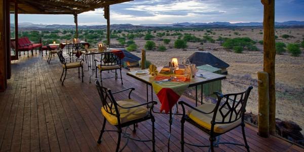 Namibia - Damaraland - Doro Nawas - Dining