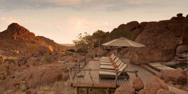 Namibia - Damaraland - Mowani Mountain Camp - Deck