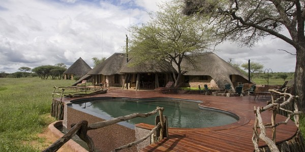 Namibia - Okonjima & The Africat Foundation - Okonjima African Villa - Pool