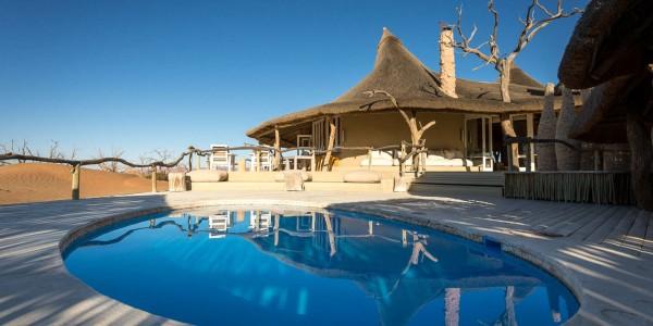 Namibia - Sossusvlei & Namib-Naukluft - Little Kulala - Pool