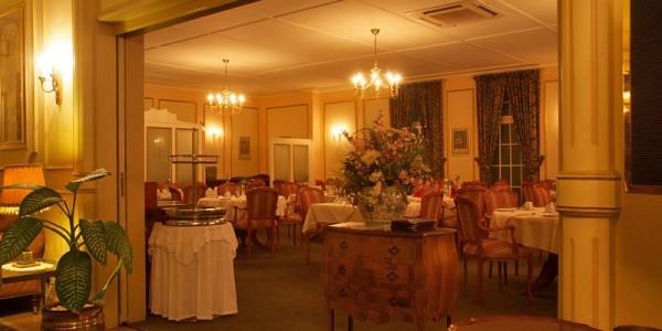 Hansa-Hotel-Swakopmund-Dining.jpg