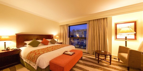Rwanda - Kigali - Kigali Serena Hotel - Suite
