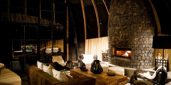 Rwanda - Parc National des Volcans - Bisate Lodge - Lounge