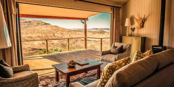South Africa - Battlefields of the Eastern Cape & Kwazulu Natal - Three Tree Hill Lodge - Churchills Lounge