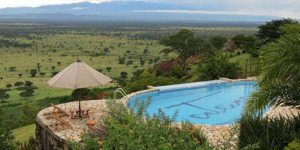 Uganda - Queen Elizabeth National Park - Katara Lodge - Pool