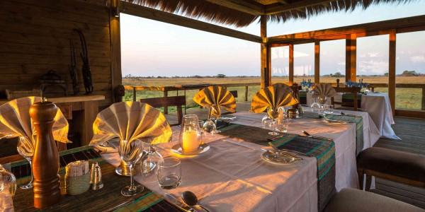 Zambia - Kafue National Park - Shumba Camp - Dining