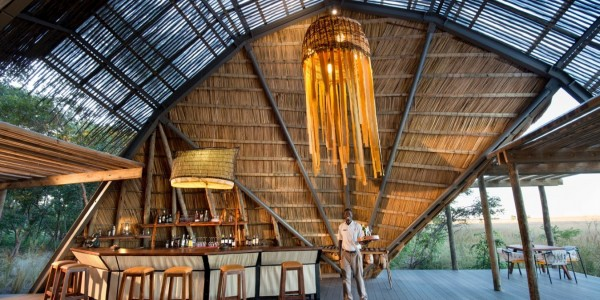 Zambia - Liuwa Plains National Park - King Lewanika Lodge - Bar
