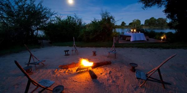 Zambia - Livingstone - Sindabezi Island - Campfire