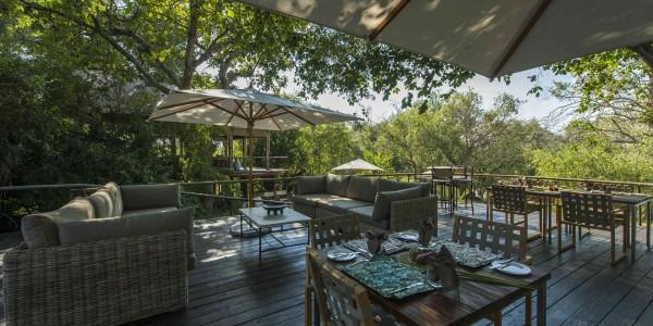 Zambia - Livingstone - Toka Leya - Dining