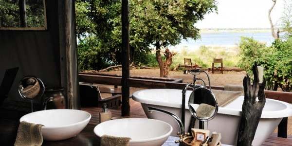 Zambia - Lower Zambezi National Park - Chiawa Camp - Bath