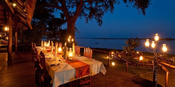 Zambia - Lower Zambezi National Park - Chiawa Camp - Dining