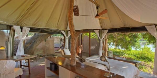 Zambia - Lower Zambezi National Park - Chongwe River Camp - Bedroom