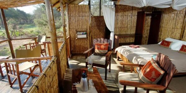Zambia - Lower Zambezi National Park - Old Mondoro Camp - Chalet