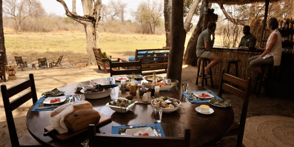 Zambia - South Luangwa National Park - Remote Africa Safaris - Dining