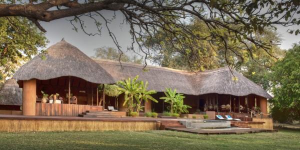 Zambia - South Luangwa National Park - Robin Pope Safaris - Luangwa River Camp