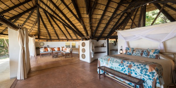 Zambia - South Luangwa National Park - Robin Pope Safaris - Nkwali Chalet Room