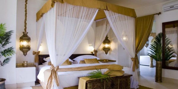 Zanzibar- Zanzibar Beaches - Baraza Resort and Spa, Zanzibar - Bed