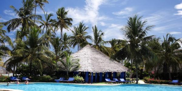 Zanzibar - Zanzibar Beaches - Breezes Beach Club & Spa - Pool