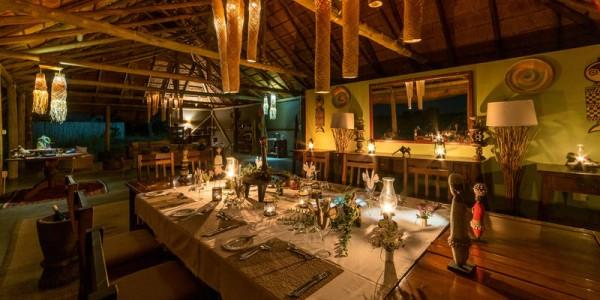 Zimbabwe - Hwange National Park - Camp Hwange - Dining