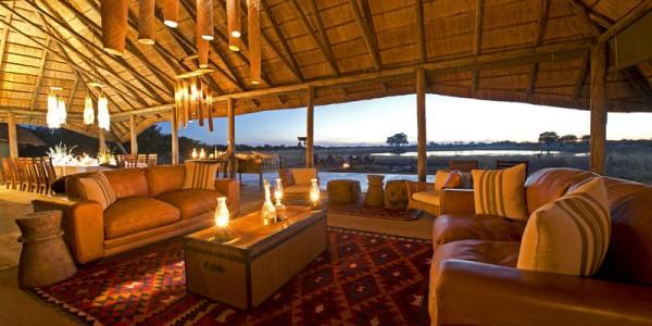Zimbabwe - Hwange National Park - Camp Hwange - Lounge