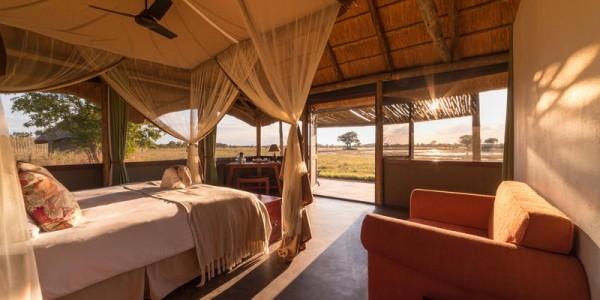 Zimbabwe - Hwange National Park - Camp Hwange - Room