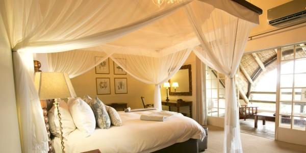 Zimbabwe - Victoria Falls - Ilala Lodge Hotel - Suite