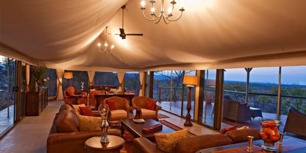 Zimbabwe - Victoria Falls - The Elephant Camp - Lounge