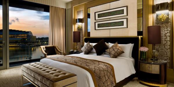 presidential-suite-bedroom-the-fullerton-bay-hotel-singapore-thumbnail_orig
