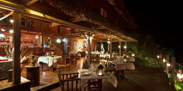 Madagascar - Nosy Be - Tsara Komba Lodge - Bar