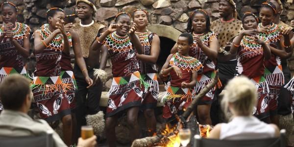 South Africa - Kwazulu Natal - Phinda Rock Lodge - Dancing