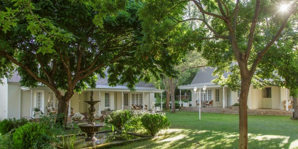 South Africa - The Garden Route - Rosenhof Country House - Courtyard