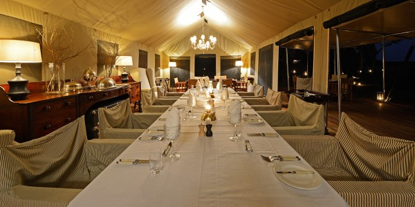 Zimbabwe - Hwange National Park - Verney's Camp - Dining