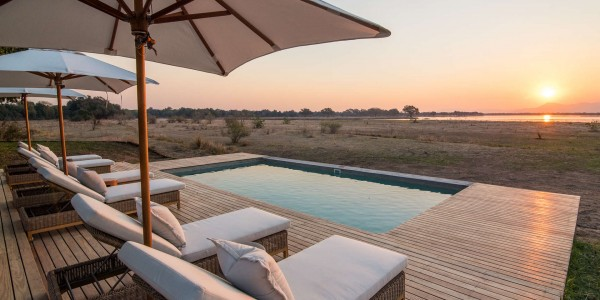 Zimbabwe - Mana Pools National Park - Chikwenya - Pool