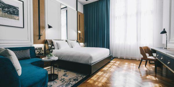 DT_Myanmar_YGN_Excelsior Yangon_Superior_bed room