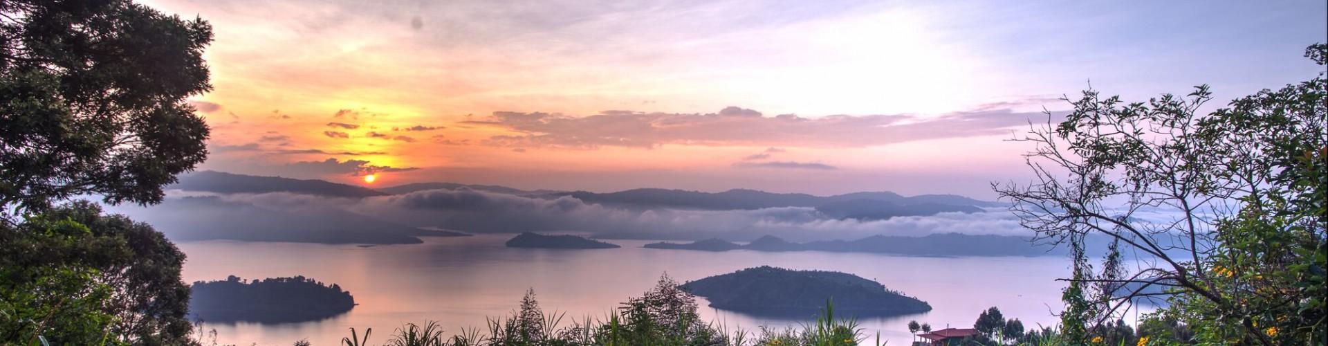 Virunga_sunset panorama