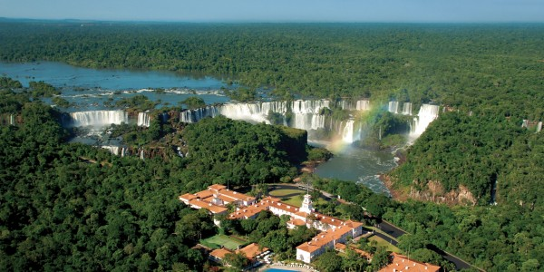 AR - Iguazu Falls - Das Cataratas - Overview