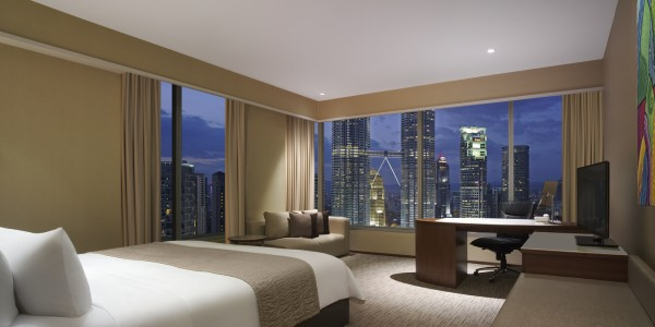 THKL-Executive-Twin-Towers-Room