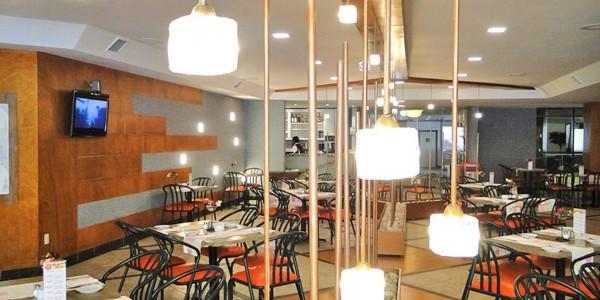 Bolivia - La Paz - Hotel Europa - Restaurant