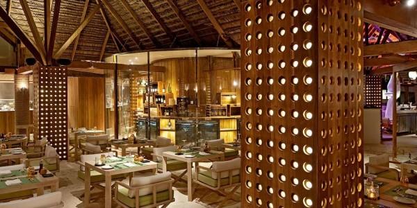 Maldives - Constance Moofushi - Dining