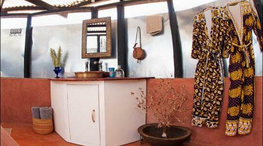 Africa - Kenya - Laikipia - Karisia Walking Safaris - Bathroom